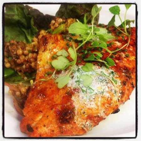 Rain Restaurant & Bar : Chipotle rubbed sunburst trout, pineapple glaze, herb butter, grilled vegatable cous-cous.
