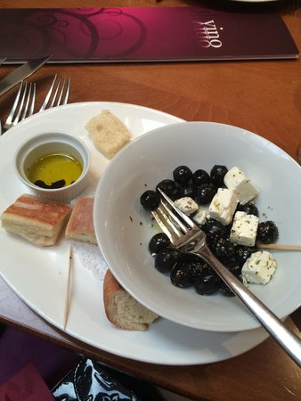 Divino: my starter of olives and cheese