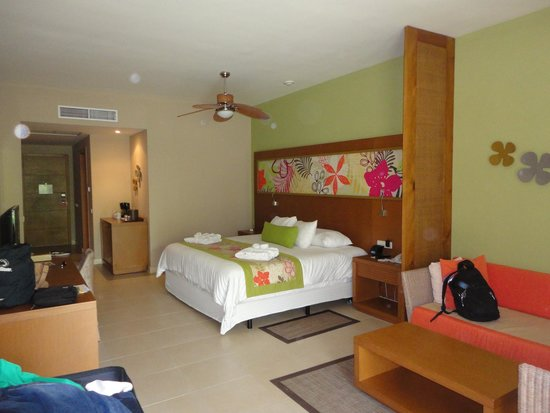 Secrets Royal Beach Punta Cana: our room~ 5214
