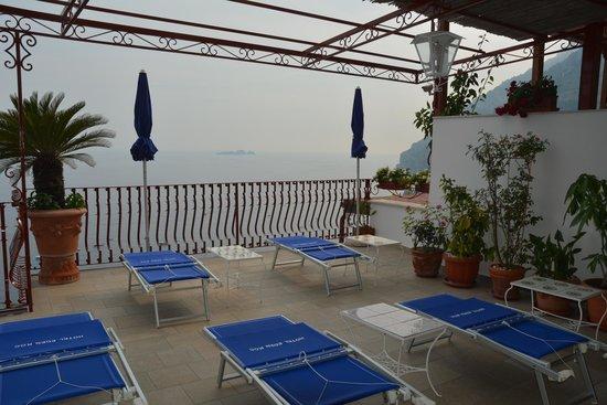 Hotel Eden Roc: Rooftop Terrace