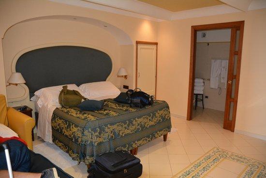 Hotel Eden Roc: Big Bed