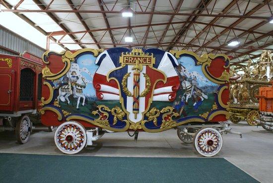 """Circus World: France """"Band Wagon"""