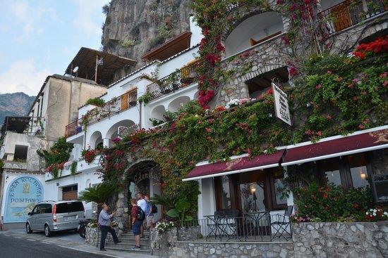 Hotel Eden Roc: Outside