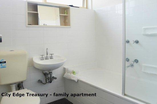 City Edge Apartment Hotel East Melbourne - Albert : City Edge Treasury