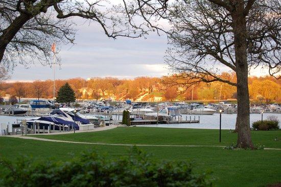 The Abbey Resort & Avani Spa: Marina