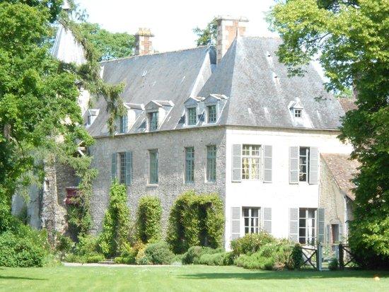 Chateau de Saint Paterne : The chateau