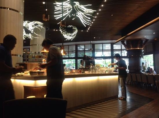 AYANA Midplaza JAKARTA: Buffet breakfast on second floor