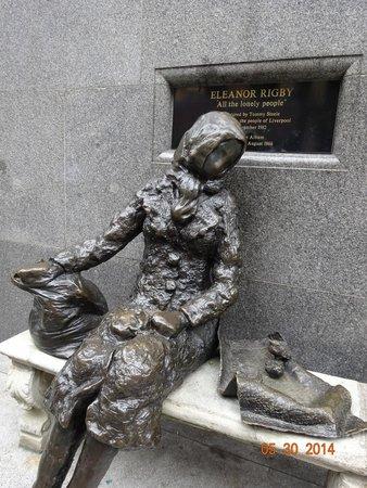 Jackie Spencer - BeatleGuide: Eleanor Rigby