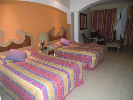 Iberostar Bahia: bonitos e espaçosos quartos