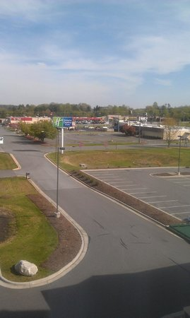 Holiday Inn Express Hotel & Suites Mount Airy South: view from room