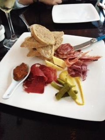 Chartreuse Bistro: Cheese and Charcuterie Plate
