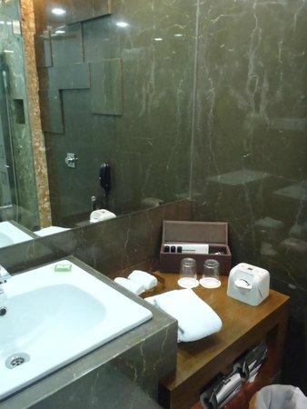 Hotel Sea Princess: baño