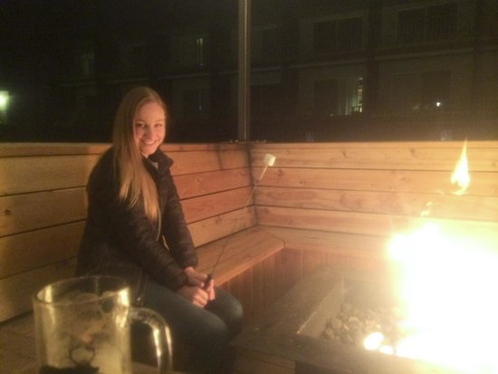 Basecamp South Lake Tahoe: S'mores by the fire