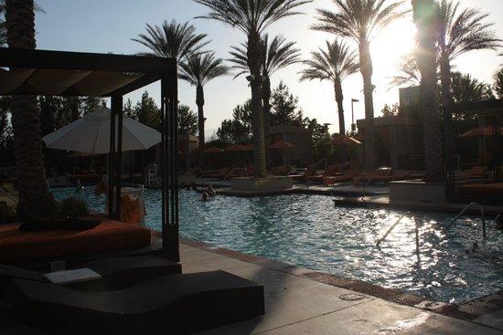 Aliante Casino + Hotel + Spa: Pool area