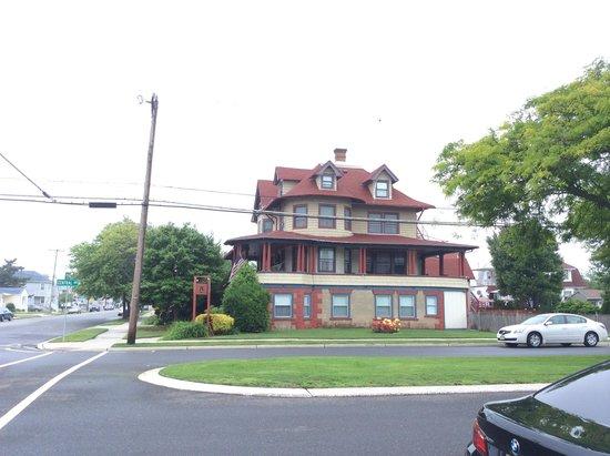 The Candlelight Inn