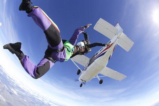 Skydive Geronimo Busselton: woohoo!!! Skydive Bunbury.