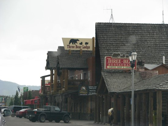 Front of Three Bear Lodge