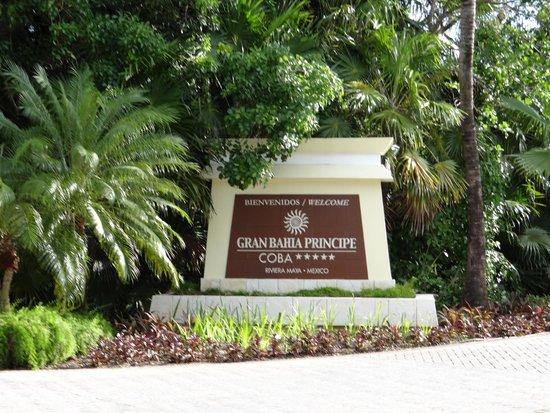 Grand Bahia Principe Coba: entrance sign