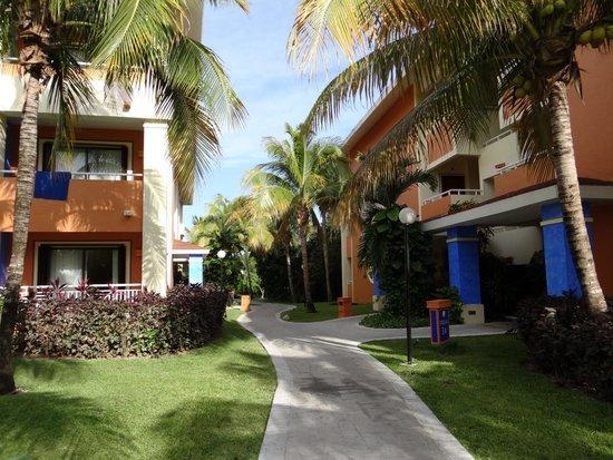 Grand Bahia Principe Coba: rooms