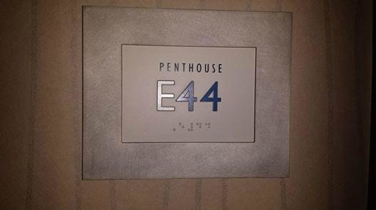The Mirage Hotel & Casino: PENTHOUSE E44- THE BEST DEAL IN VEGAS!!