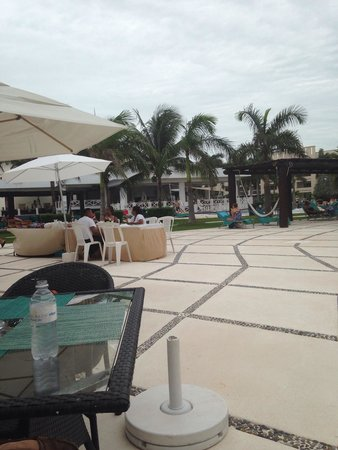 Secrets Silversands Riviera Cancun : Restaurant view