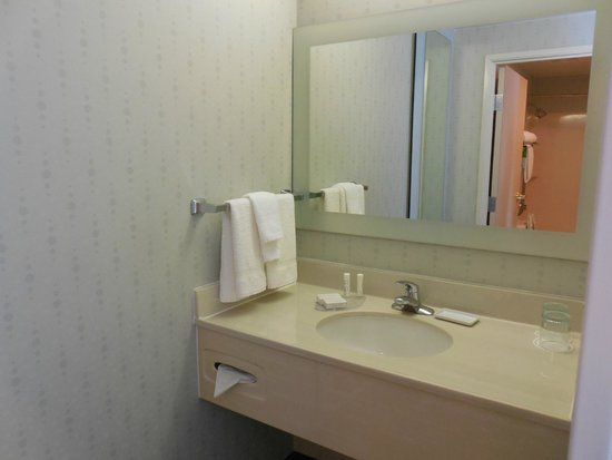 SpringHill Suites Austin Round Rock : bathroom sink