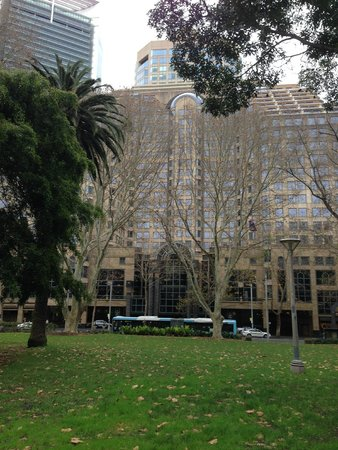 Sheraton on the Park, Sydney: Hotel view from the Park