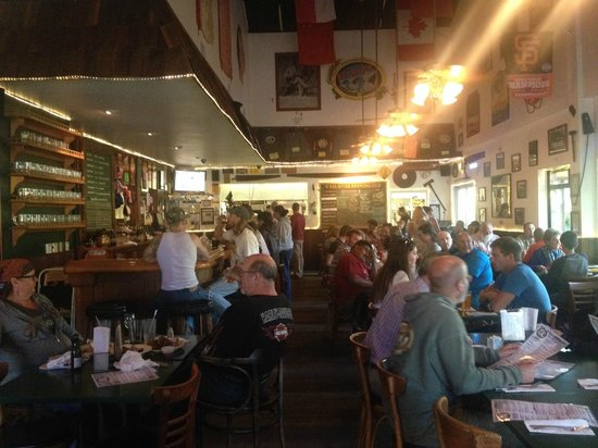 Eel River Brewing Company: Great atmosphere
