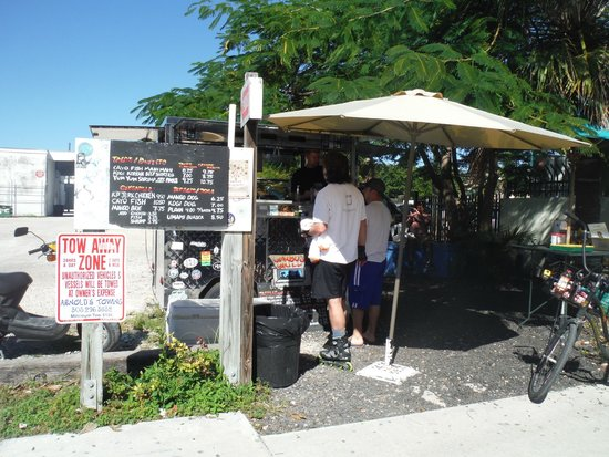Garbo's Grill: Nice and small