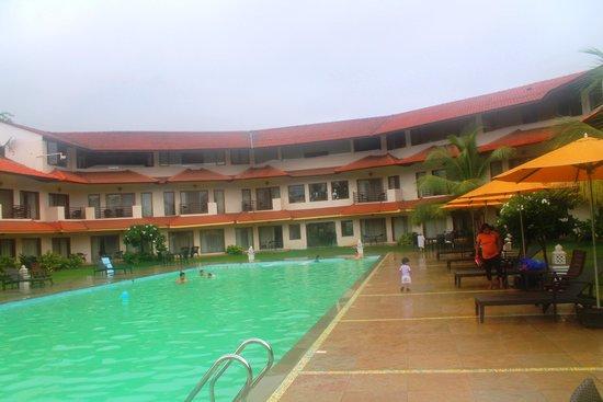 U Tropicana Alibaug : Pool side - new wing