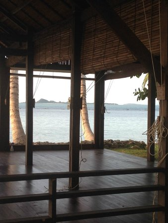 Samahita Retreat: Beach Yoga Shala