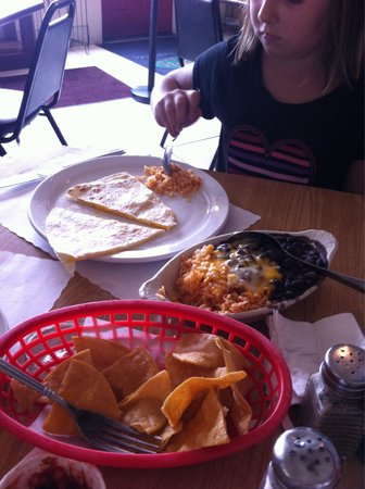 Taco Temple Morro Bay: Quesadilla split for two and a side of beans and rice.