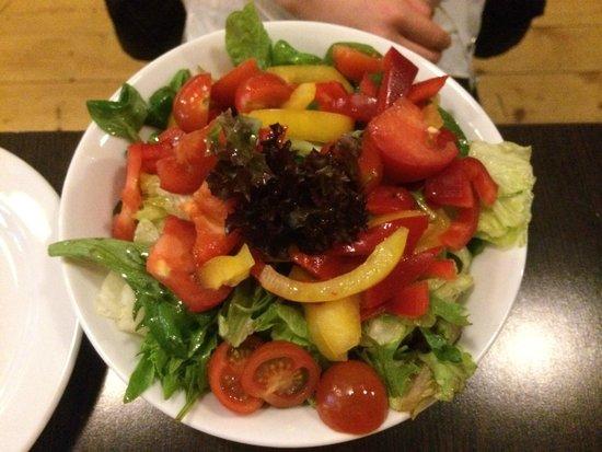 U Kroka : Small salad of fresh vegetables