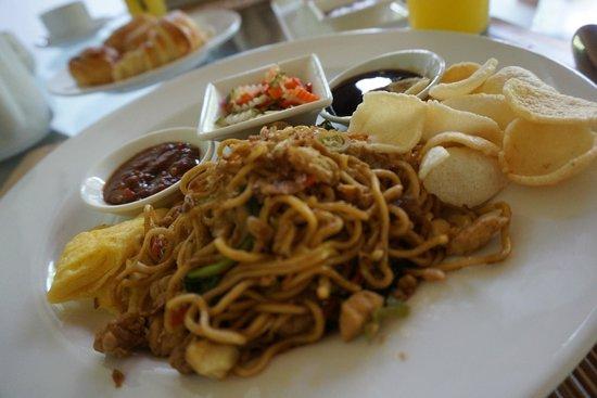 Maca Villas & Spa: Breakfast in room