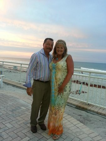 The Shores Resort & Spa: 25th Wedding Anniversary at The Shores