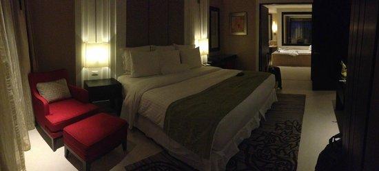 Marriott's Mai Khao Beach - Phuket : master bedroom