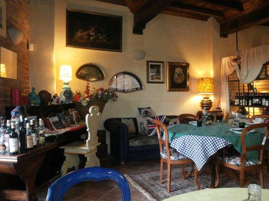 Il Sedano Allegro : Un piccolo salotto in sala