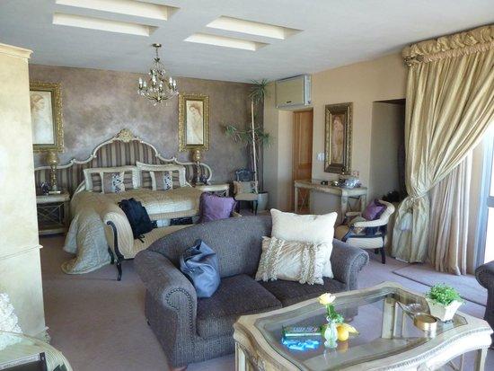 Xanadu Guest Villa: Room