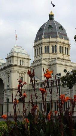 Mantra on the Park: Exhibition Buildings, Carlton