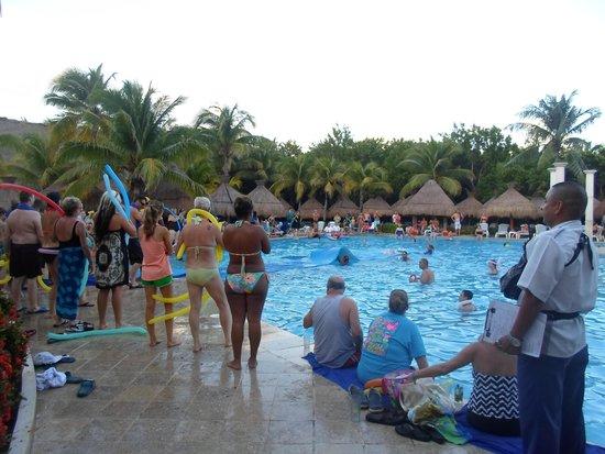 Iberostar Paraiso Beach: une partie de la piscine