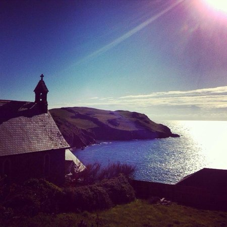 Paxhaven Organic Bed & Breakfast: Beautiful Hope Cove early evening