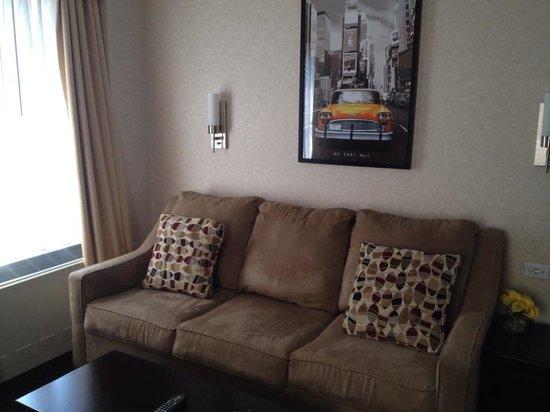 Hotel Edison Times Square : Living Room Loveseat