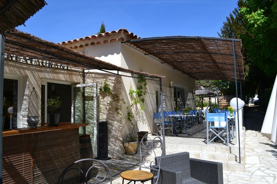 Restaurant Les Alpes Gréoux petit bar à cocktails