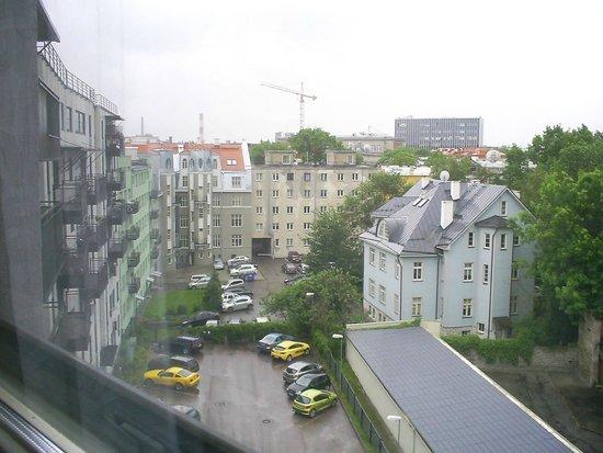 Center Hotel: вид из окна