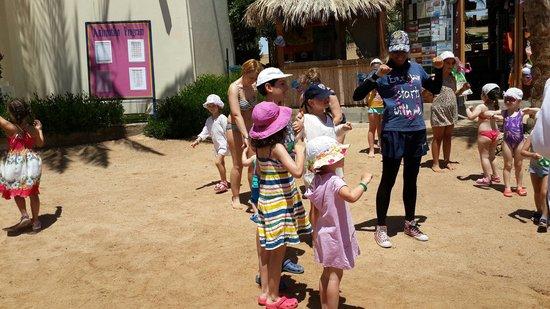 Hilton Hurghada Resort: Beach mini disco