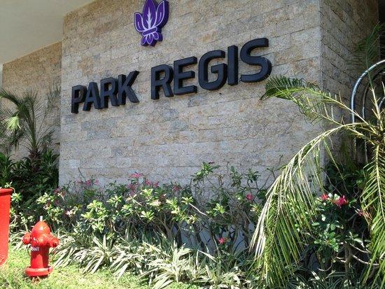 Park Regis Kuta Bali: Area Pintu Masuk