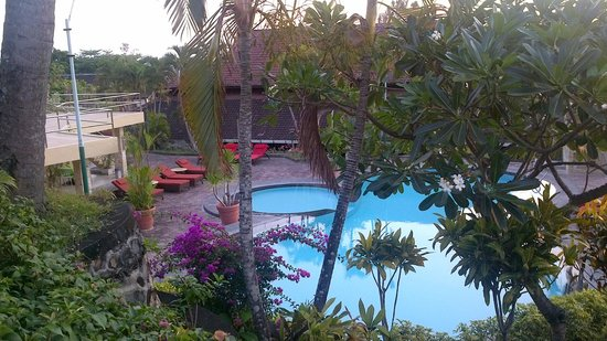 Bukit Senggigi Hotel : The Pool from Our Balcony