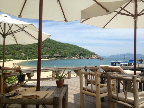 Six Senses Ninh Van Bay: View of Water Pool Villas and bay
