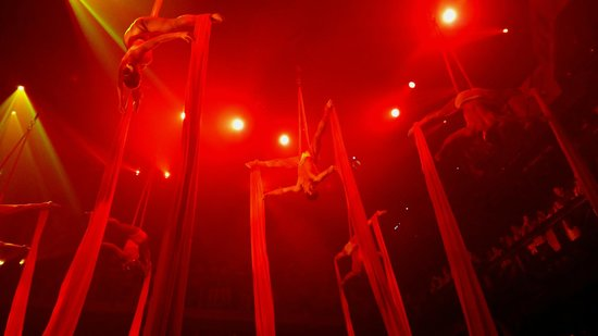 Coco Bongo Playa del Carmen : Fabric acrobatics