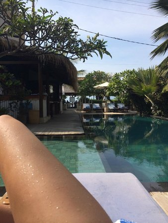 The Beach House Resort: relaxing by the pool